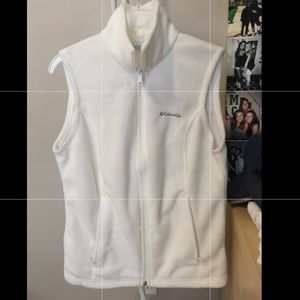 Columbia white fleece vest